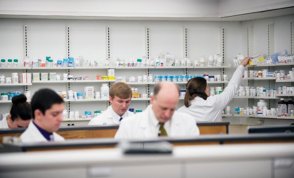Pharmacies - pharmacists at work
